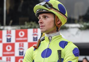 Lyle Hewitson (7)